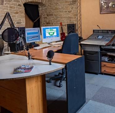 Gus à la radio