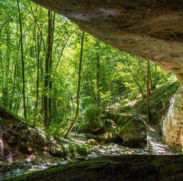 Jeu N° 23 – Gus grotte de Plaisir Fontaine